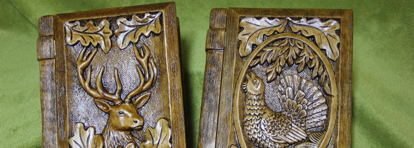 Pracownia ręcznej rzeźby w drewnie Władysław i Adam Gębiak, Krzesła i fotele myśliwskie